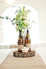 Những cách cắm hoa sáng tạo giúp nhà bạn lúc nào cũng đẹp như một vườn hoa